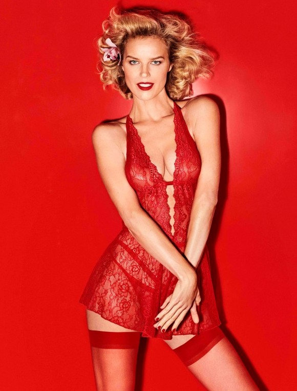 Eva Herzigova Yamamay Christmas collection (6)