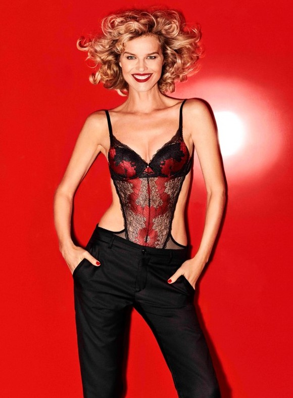 Eva Herzigova Yamamay Christmas collection (7)