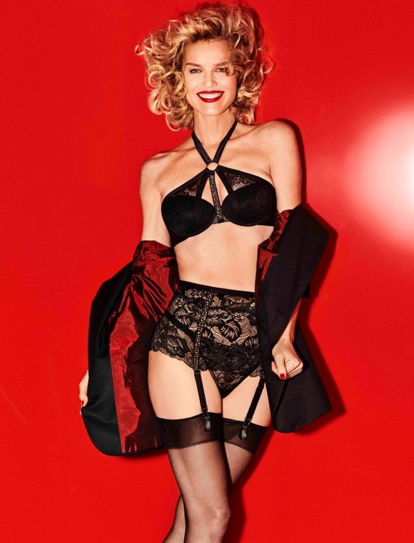 Eva Herzigova Yamamay Christmas collection (8)
