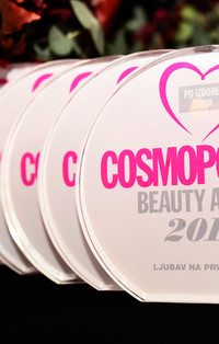 Statue Cosmo Beauty Awards